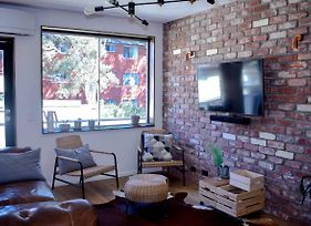Stylish Modern Apartment Located In Marrickville photos Exterior