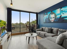 One-Bed Apartment With Balcony And Luna Park Views photos Exterior