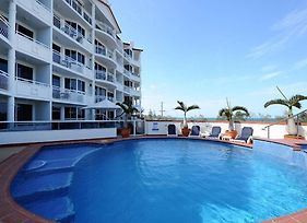 2 Bedroom Alex Unit - Ocean, Pool And Park Views photos Exterior