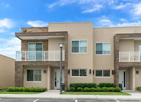 Luxury 4 Bedroom Home On Magic Village Resort, Orlando Townhome 3151 photos Exterior