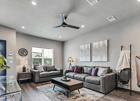 Stunning New 2/2.5 Condo In College Station-#305 photos Exterior