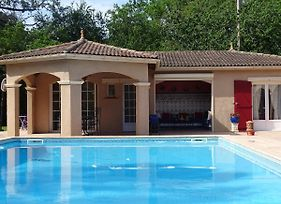 Agreable Pavillon Avec Piscine A Estillac Lgm512 photos Exterior