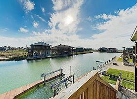 Canal-Front Getaway W/ Enclosed Deck & Boat Dock Home photos Exterior