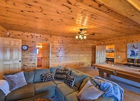 Blue Ridge-View Cabin: Hot Tub, Sauna, Pool Table! photos Exterior