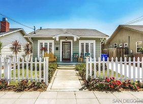 Bright And Quirky Hillcrest Craftsman photos Exterior