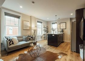 Downtown Philly Apartment By Rittenhouse Square photos Exterior