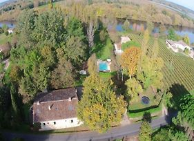 Charming Mansion With Private Swimming Pool In Peaceful, Wooded Area photos Exterior