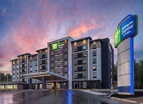 Holiday Inn Express & Suites Moncton photos Exterior