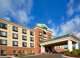 Holiday Inn Express Hotel & Suites Detroit - Utica photos Exterior