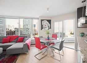 Stunning Downtown 2Bd Condo Minutes To Stadium photos Exterior