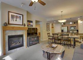 Base Village Ski In-Out Luxury Condo #3133 - Free Activities Daily & Wifi, Pool Sized Hot Tub photos Exterior