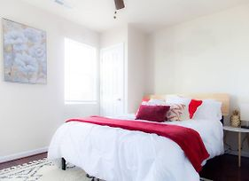 ** Lovely Apt In Resurgent H St Corridor Area ** photos Exterior
