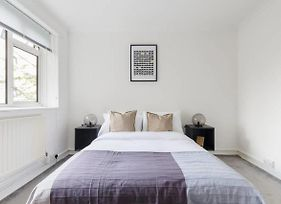 Chic 2Bed Apartment Just A 2 Min Walk To Waterloo photos Exterior