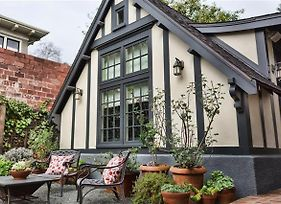 Charming Claremont Cottage In Heart Of Berkeley! photos Exterior