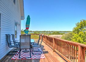 Newly Renovated Family Home With Deck - Walk To Beach photos Exterior
