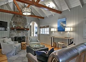2Br Highlands Luxury Cabin With Stone Firepit In Town photos Exterior