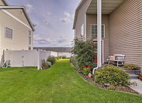 2-Story Kalispell Townhome W/Yard - By State Parks photos Exterior