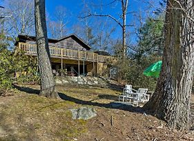Hendersonville Cabin With Deck - Near Asheville! photos Exterior