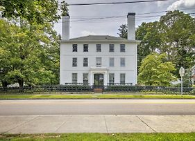 Elegant Norwich House With Billiards Room And Ballroom! photos Exterior