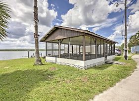 Lakefront Silver Springs Cabin- Great For Fishing! photos Exterior
