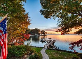 'Landover Lodge' In Mooresville With 2 Boat Slips! photos Exterior