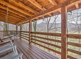 Picture Perfect Cabin With Decks, Fire Pit And Hot Tub photos Exterior