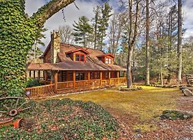 Pristine Sapphire Resort Cabin With Deck And Game Room photos Exterior