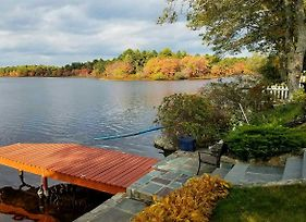 Cape Cod Home W/ View & Access To Mill Pond! photos Exterior