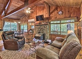 Secluded Stanardsville Cabin W/View & Hot Tub photos Exterior