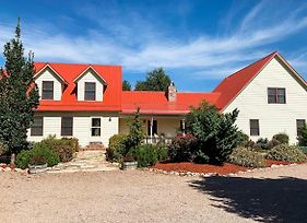 Spacious Canon City Retreat Near Trails And Rafting! photos Exterior