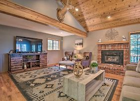 Spacious Pine Mtn Club Cabin W/Game Room+Deck photos Exterior