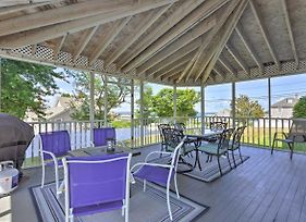 Fantastic Plymouth House With Huge Deck And Ocean Views photos Exterior