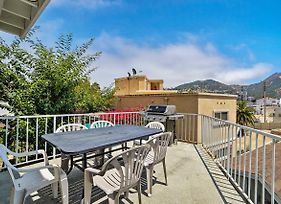 New-Updated Avalon Home W/Mtn Views, Walk To Coast photos Exterior