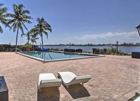 Waterfront Palm Beach Condo With Private Beach Access photos Exterior