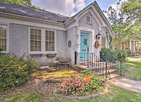 Traditional Jackson Home W/Yard - Fondren District photos Exterior