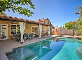 Fun Family Retreat In Gilbert With Patio And Game Room photos Exterior