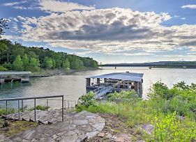 Upscale Lake Retreat With Boat Slips On Greers Ferry! photos Exterior