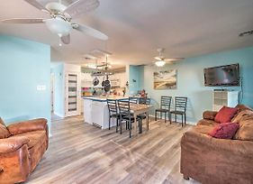 Updated Townhome With Grill, 3-Block Walk To Beach! photos Exterior