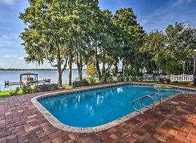 Winter Haven Home With Dock And Hot Tub! photos Exterior