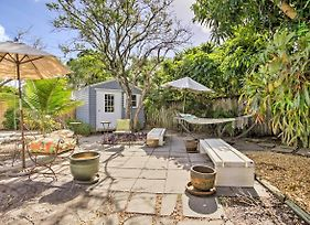 Home With Volleyball Court - Near Lake Worth Beach! photos Exterior