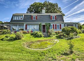 Oceanview Gloucester Cottage With Private Beach! photos Exterior
