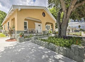 New-Cozy Home 1 Mi To Tampa Bay Buccaneers Stadium photos Exterior