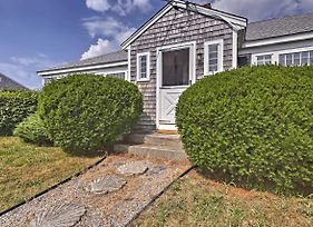 Updated Cottage - 300 Feet To Craigville Beach! photos Exterior