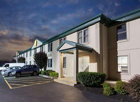 Super 8 By Wyndham Harrisburg Hershey West photos Exterior