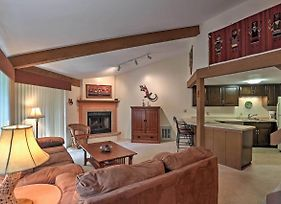 Abbey Springs Condo With Spa Access By Lake Geneva! photos Exterior
