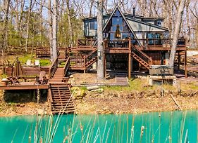 Innsbrook Chalet W/Lakeside Deck, Fire Pit & Boat! photos Exterior