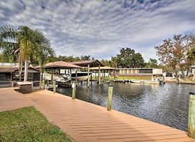 Waterfront Homosassa Home With Private Dock! photos Exterior