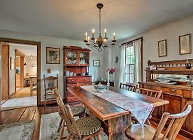 Charming 1860S Westerly Home W/ Deck + Grill! photos Exterior