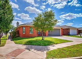 Pet-Friendly Lubbock Home With Yard - 6Mi To Ttu photos Exterior
