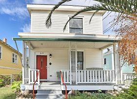 Cottage In Historic Galveston, Walk To Beach! photos Exterior